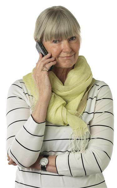femme au téléphone sav service client bazile
