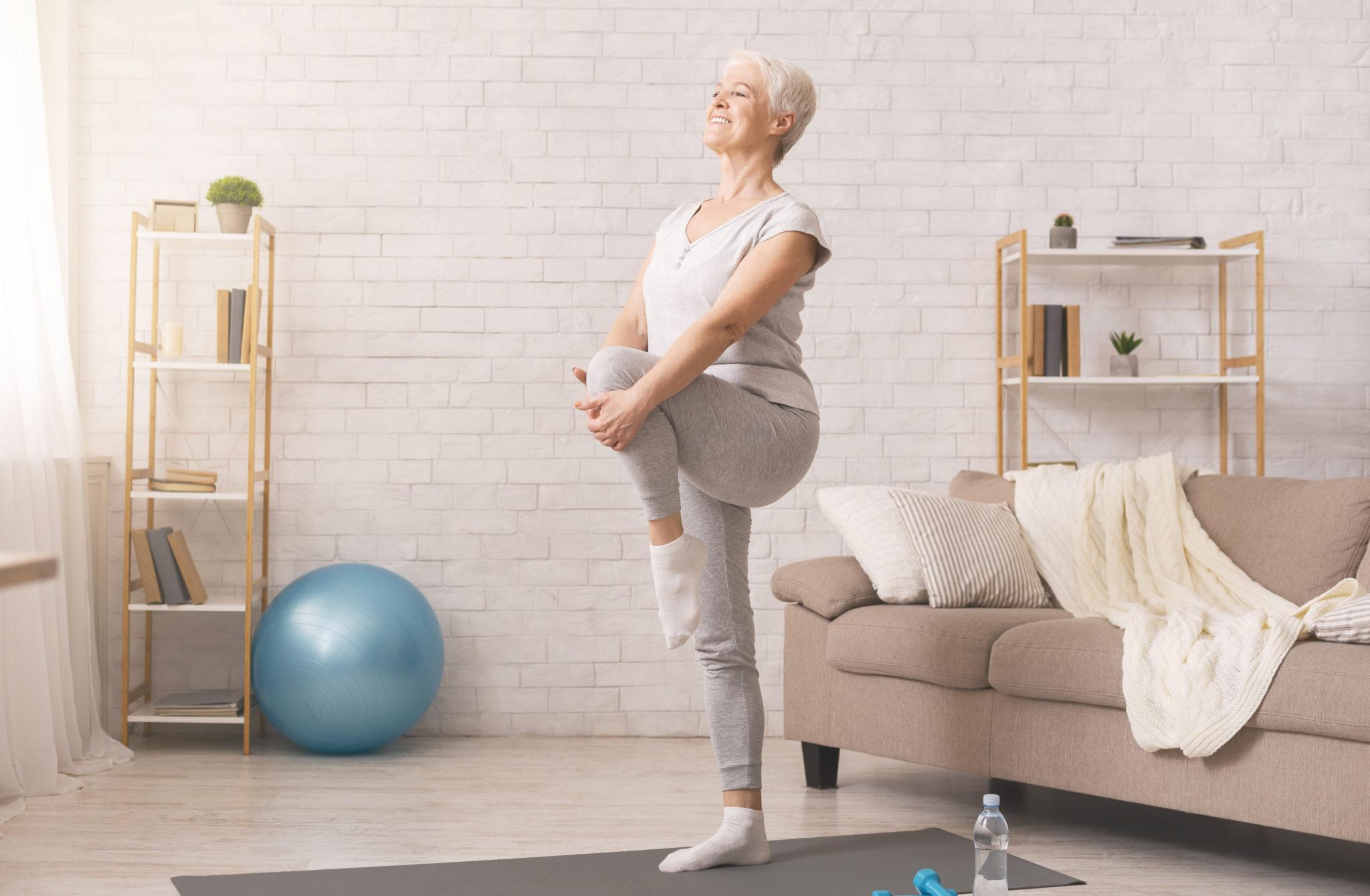 Seniors - rester actifs à la retraite - activités seniors - Yoga - Méditation - Bazile Telecom